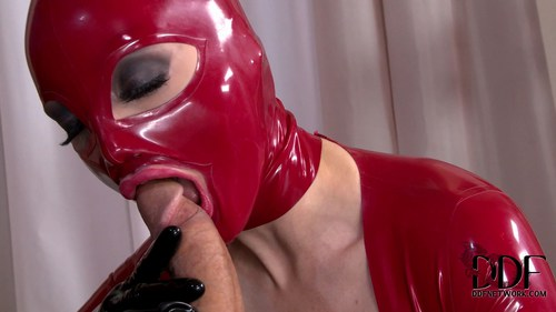 Bigtits Latex Lucy Katia De Lys Afternoon In Defi Holed 1