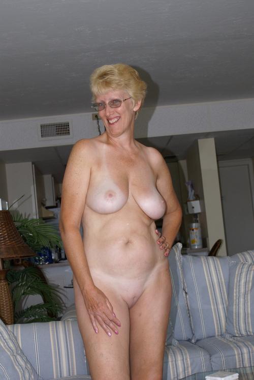 красивые голые старушки фото