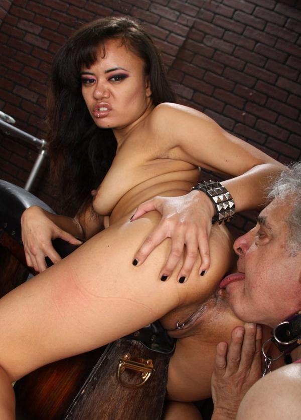 Lick movie pussy