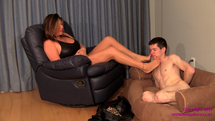 Forced to lick dirty feet clean