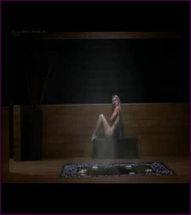 britney spears in womanizer clip (image 1),