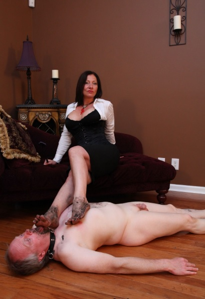 Dante Posh and Mistress Brianna are pruning their stable
