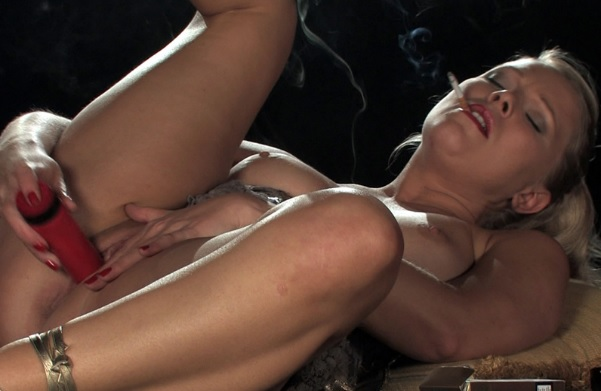 Abi smokes corks 120s as she cum and cums