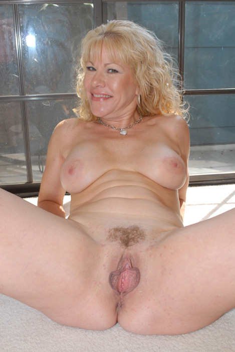 Another mature slut takes on a monster dick today!