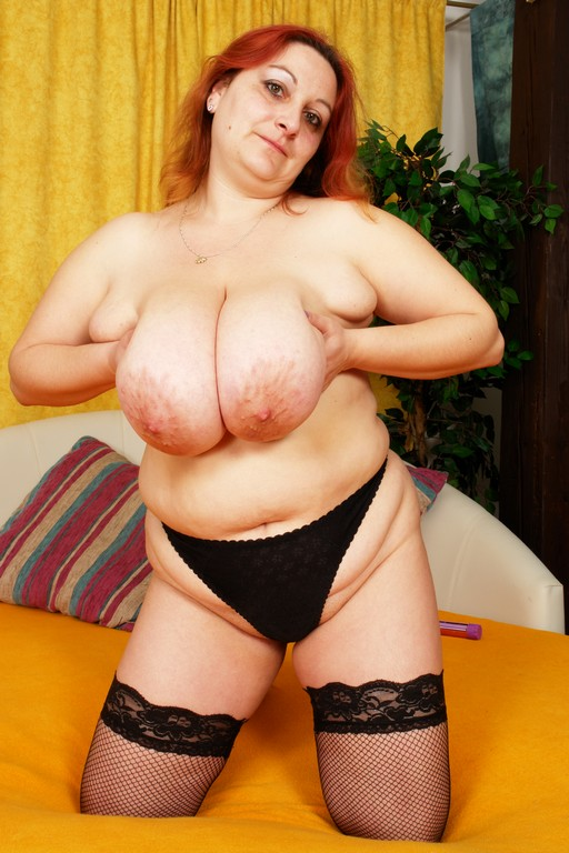 Feodora with 38E twin whoppers