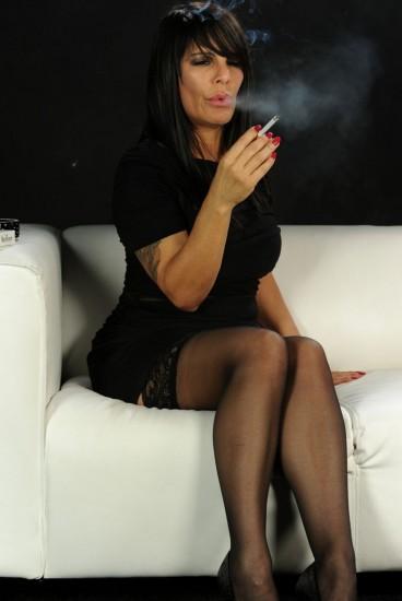 Daisy Rock smoking sex