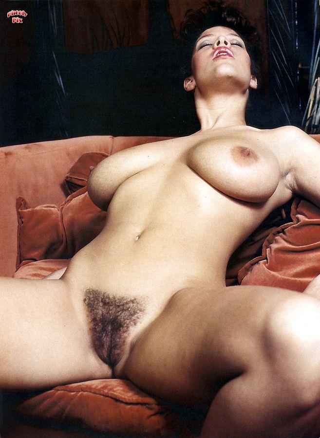 Фото волосатых порно модель