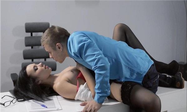 russkoe-prislannoe-lyubitelskoe-pornofoto