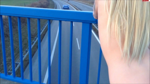 Hupkonzert auf der autobahn der brueckenfick public extreme - 2 2