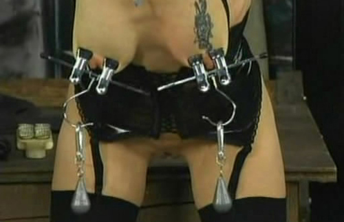 femdom-whipped-asstures-porn-shemale