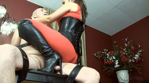 Kelle Martina - Boothumper eams his orgasm