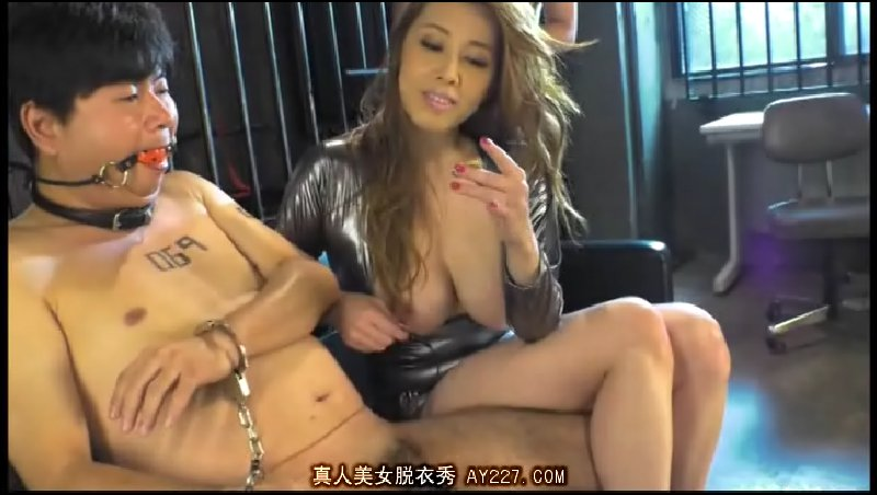 JSN002 Yumi Kazama - Lady Who Clutches the Key to Her Chastity Belt