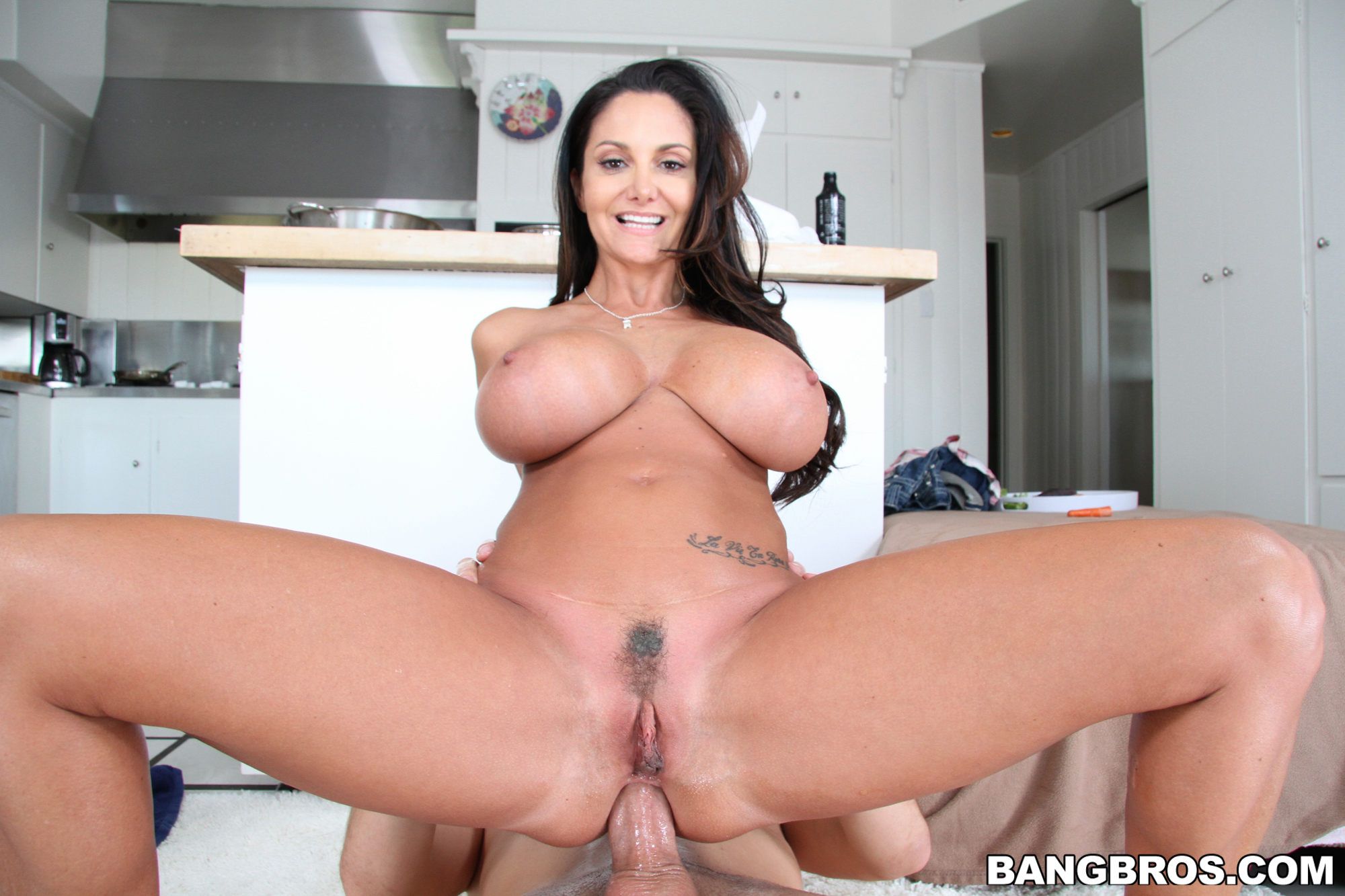 Free milf mature ovies