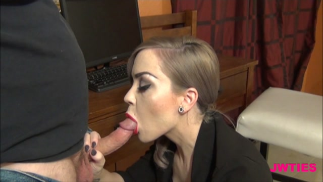 DirkDdigglerPornoKing-Pregnant_836_Tara_Ryze_-_The_Baby_And_I_Need_This_Deal.00006,