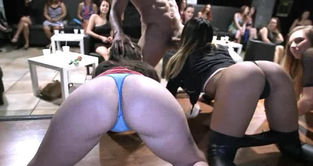 ойкнула порно стриптиз студенток хвалят коктебель, где