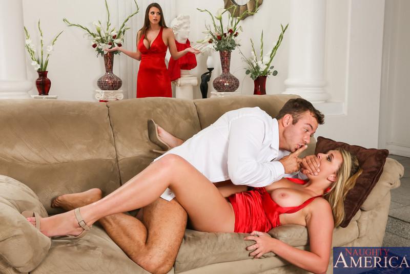 с секс жена застукала мужем дочь