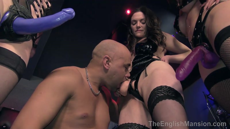 Cybill troy extreme rubber nun double fisting 4