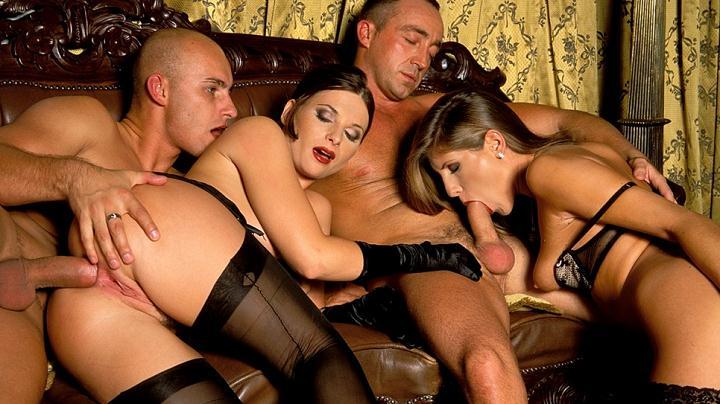 seks-klub-eroticheskiy-film
