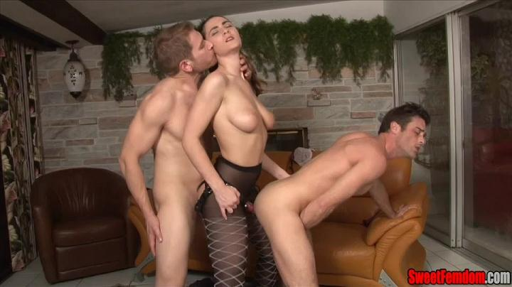 Molly Jane - 3rd Wheel with Molly and Alex [2014]