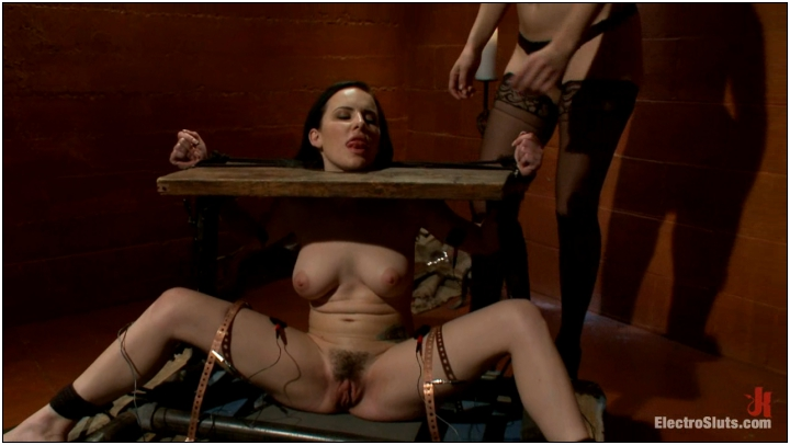 Bobbi Starr and Katie St. Ives (Katie St. Ives, Bound Tight and Shocked! / 21185 / 15.05.2012) 720p