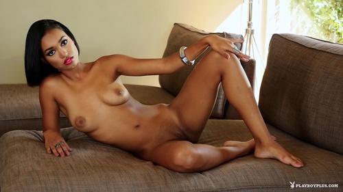 Noelle Monique Nude In Luscious Lips