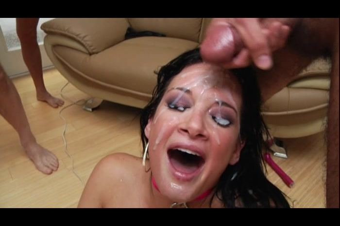 amateur wife sucking dick