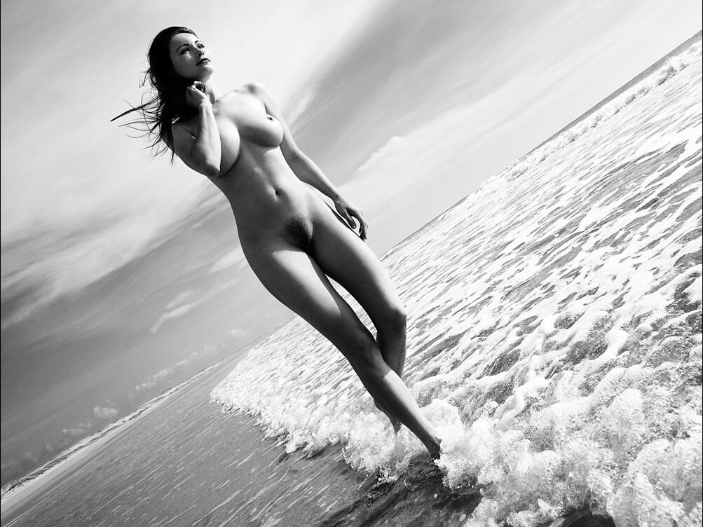 Nudes by russian photographer anastasia chernyavsky