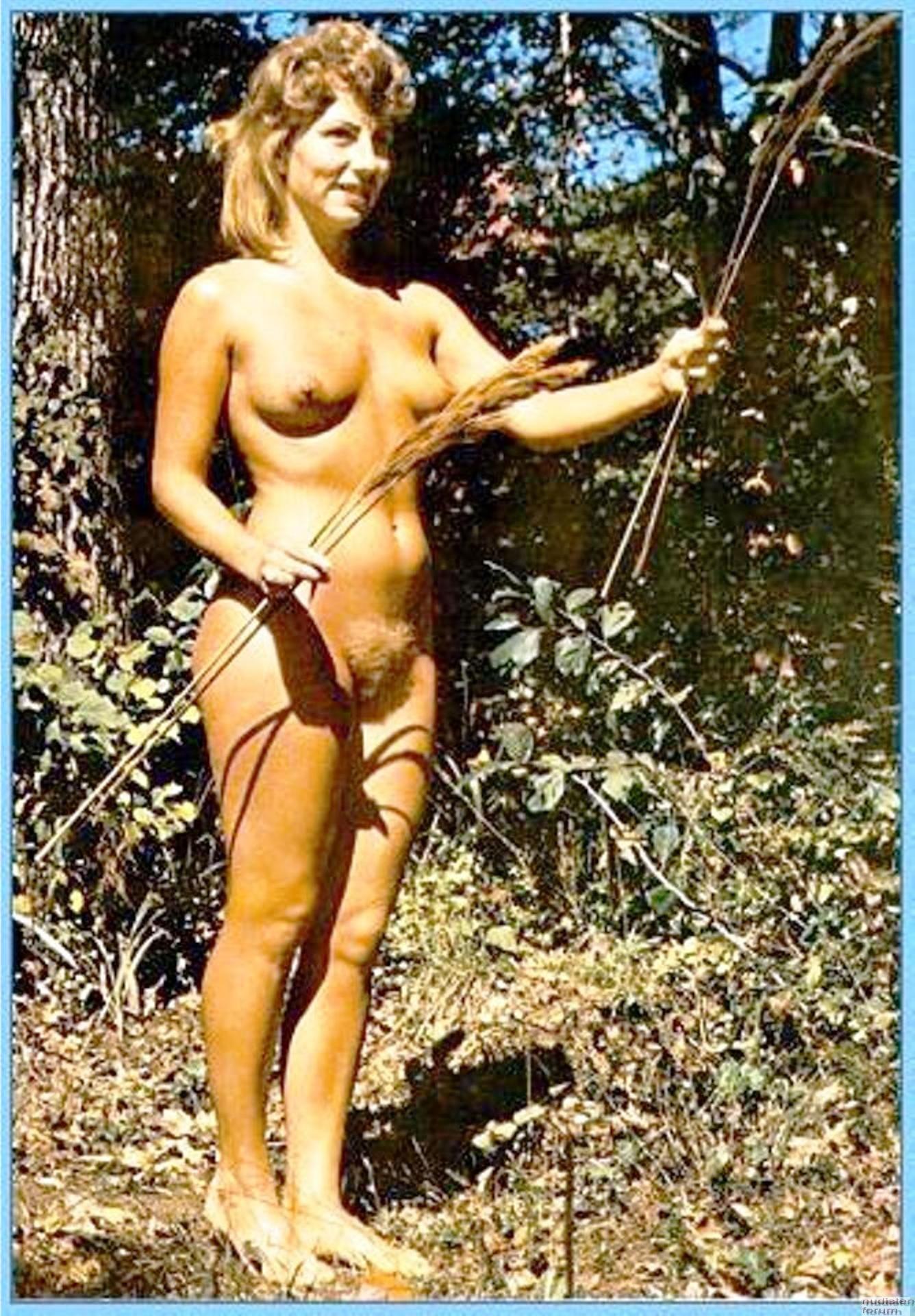 vintazhnie-nudisti