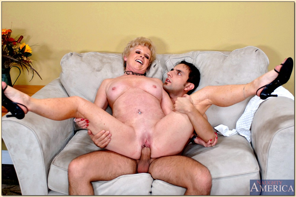 Enjoy Nylon Images On Sex Granny Galery